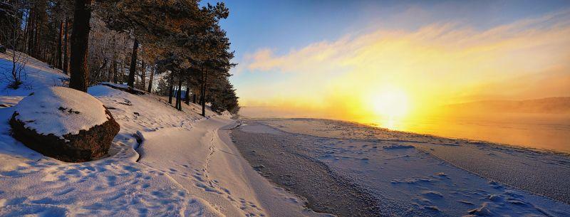 утро,рассвет,зима,январь,мороз,река,вуокса,лед,берег,пейзаж,панорама Морозным пламенем рассвета...photo preview