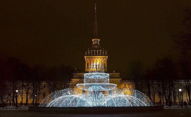 адмиралтейство фонтан питер Застывший фонтан у Адмиралтейства.photo preview