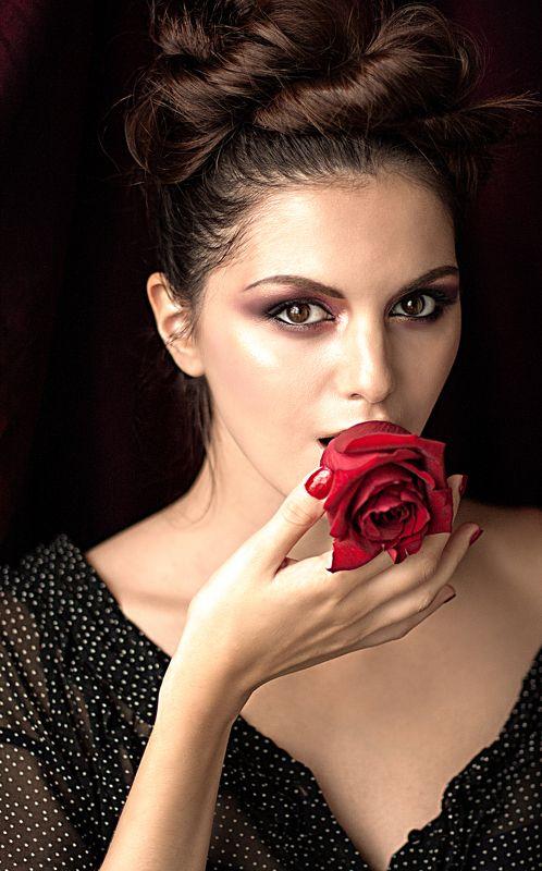 роза, девушка, глаза,  Розаphoto preview