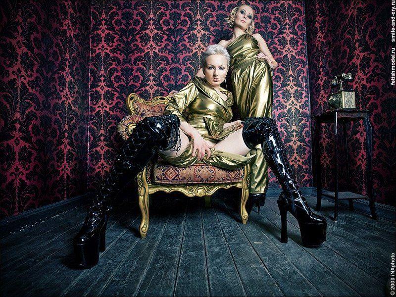 агна деви, agna devi, золотой, винил, платье, костюм, фетиш, пвх, лаковая одежда Golden Girlsphoto preview