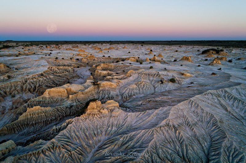 австралия, пустыня, манго Морщины землиphoto preview