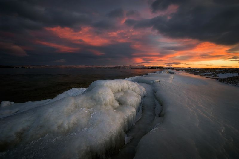 Зимний закат на Байкале...photo preview