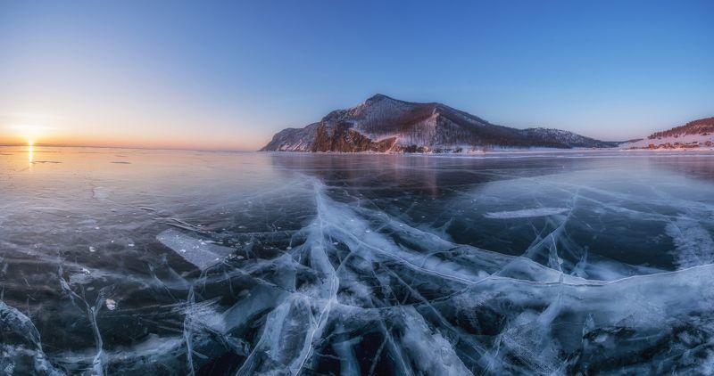 байка, лед, пейзаж, мороз, рассвет, узуры, природа Утренние Краски Байкалаphoto preview