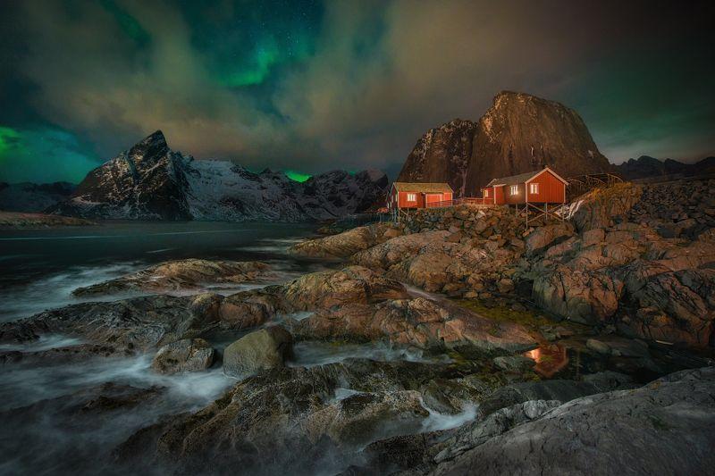 Лофотенские острова, Лофотены, зима, полярное сияние Рыбацкая деревняphoto preview