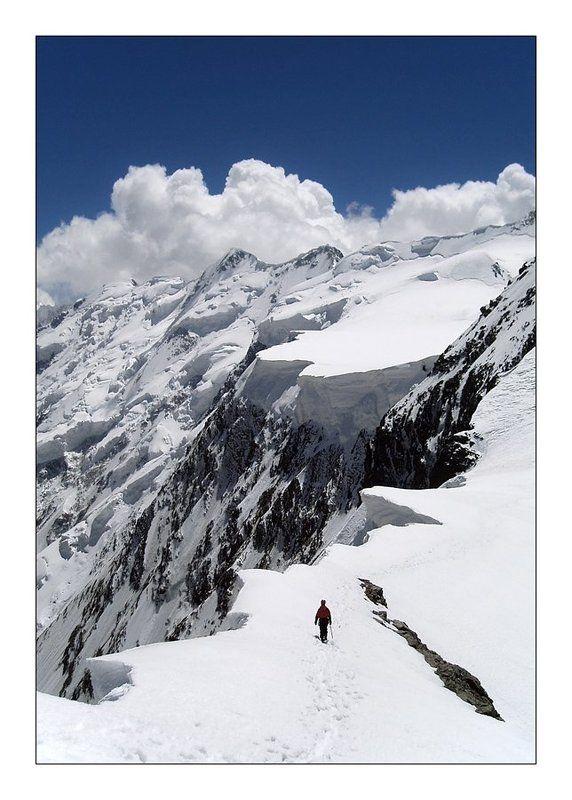 кавказ, безенги, гестола, альпинизм Стою на краю...photo preview
