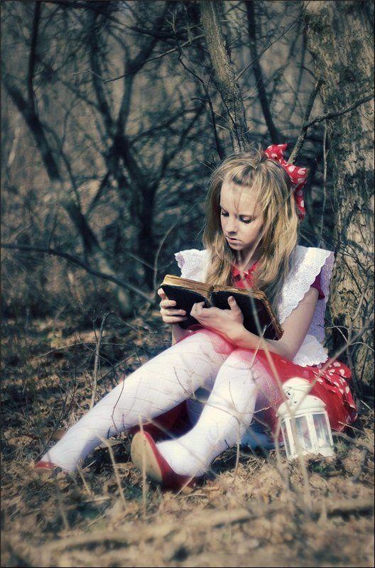 алиса, кролик, сказка знакомый мотивphoto preview