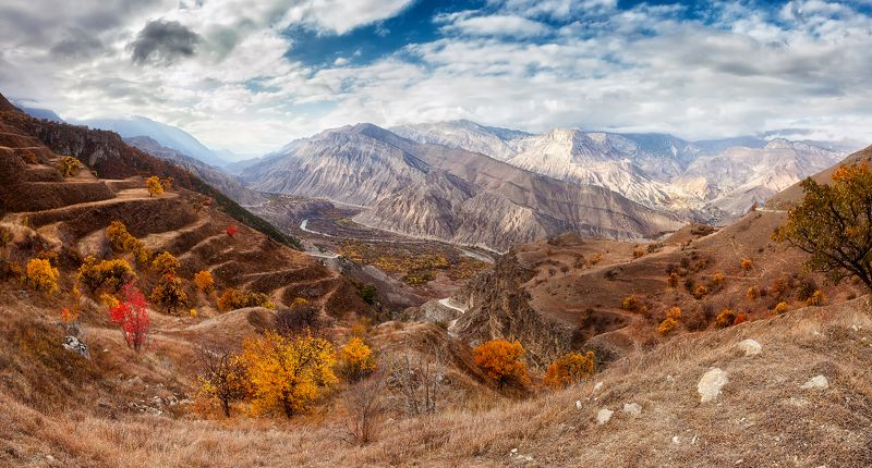 Долина реки Андийское Койсу в Дагестанеphoto preview