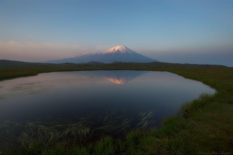 камчатка, вулкан, толбачик, отражение, утро, рассвет Утроphoto preview