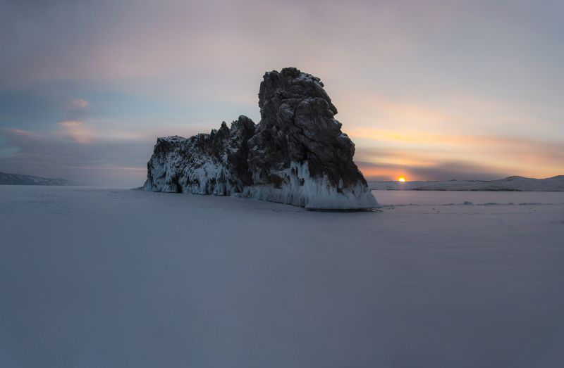 байкал, лед, скалы, снег, восход, простор Байкалphoto preview