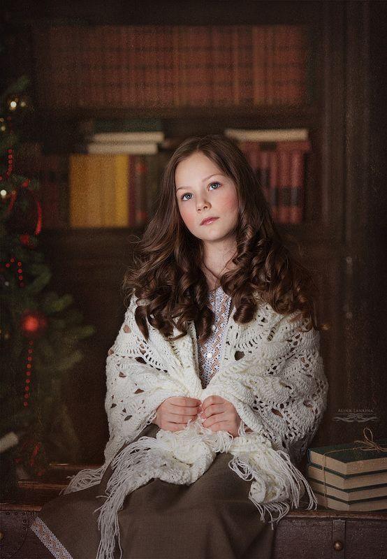 библиотека, книги, девочка, портрет, ретро Никаphoto preview