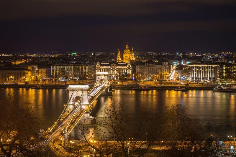 цепной мост. базилика. будапешт. 2017 Ночной Будапешт. Базиликаphoto preview