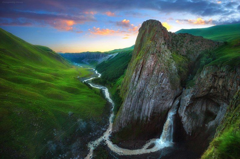 Водопад Каракая-суphoto preview