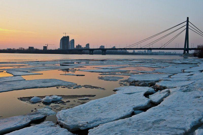 киев, днепр, весна, март, река, лед, закат Ледяная тишина..photo preview