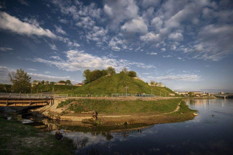 гродно, замковая, гора, неман, мост, рыбак | Сердце Гродно |photo preview
