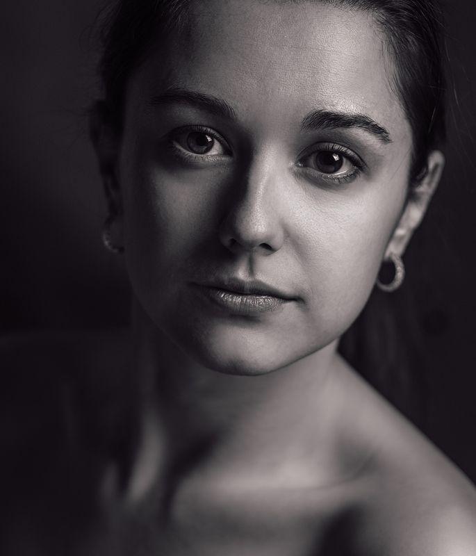 Портрет, Девушка, Студия, Драма Классический студийныйphoto preview