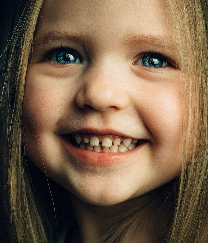 Дети, улыбка, детство, студия, воронеж, девочка Классический детскийphoto preview