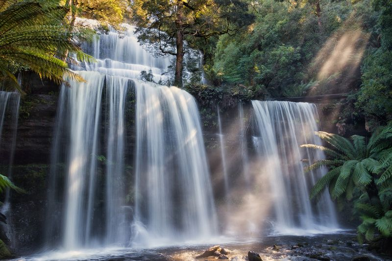 австралия, водопад Лучи воды и светаphoto preview