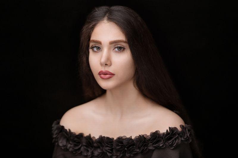 black dressedphoto preview