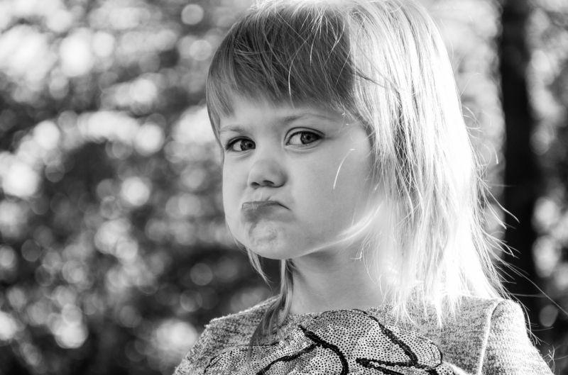 дети, ребенок, девочка, счастье Я обиделась, раз и навсегда. Не подходи ко мне, я обиделась...photo preview