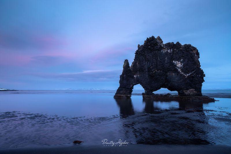 исландия океан волны закат скала небо скалы пещера фототур илышев носорог Земля невиданных существphoto preview