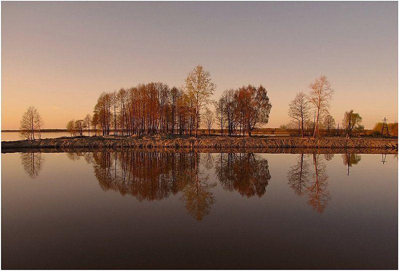 весна, природа, пейзаж, озеро Отражение...photo preview