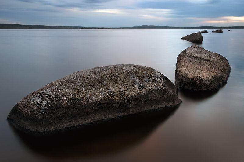 вода, камни, урал, природа, закат, пруд, длинная выдержка, чайки Каменные следыphoto preview