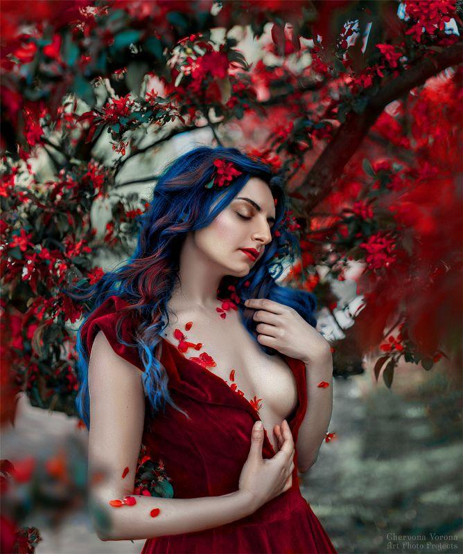 blum, sensual, девушка в красном, цветы, весна, Аннаphoto preview