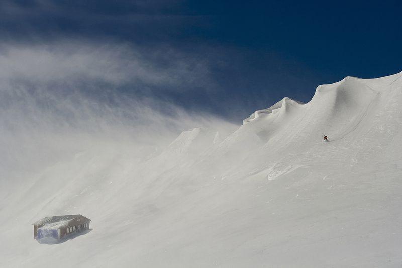 MOUNTAIN, SNOW, SKIING Drop ...photo preview