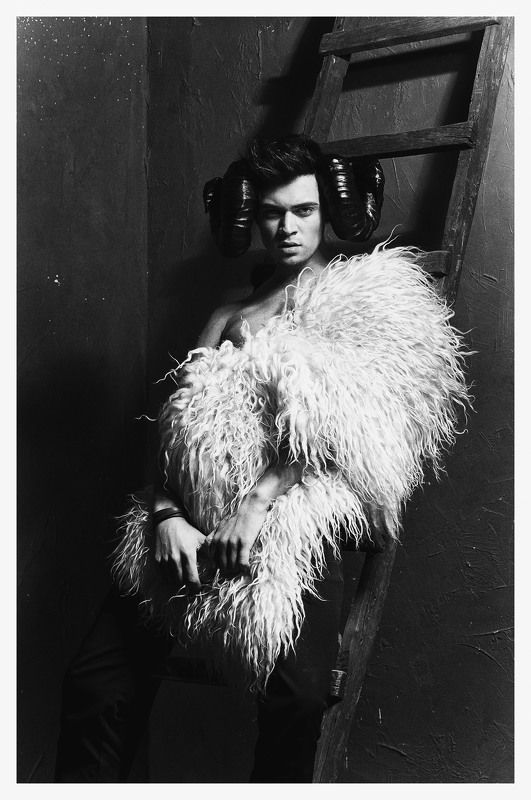 #monochrome #skin #sepia #toned #image #human #face #sleep #girl #model #fashion #young #light #women #cute #black #hair #white #beautiful #beauty #franpolonskiy #france #franpolonskiyphotographer #phfranpolonskiy #mood [ Kirill Kabachenko ]photo preview