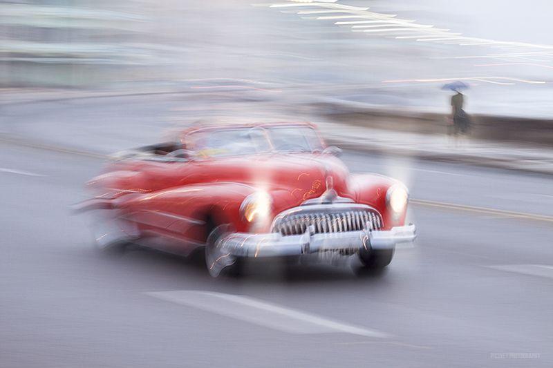 AMERICAN, HAVANA, OLD, PARKED, RETRO, STREET,CLASSICAL, CARIBBEAN, OLDTIMER Moving Street Car,HAVANA,CUBA..!!!photo preview