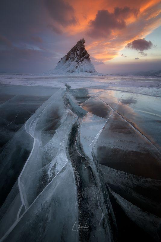 байкал, зима, лед, снег, облака, остров, закат Закатная Еленкаphoto preview