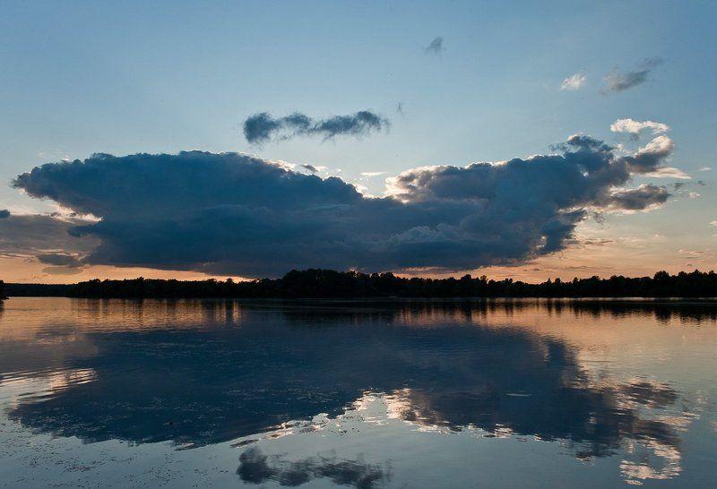 киев, озеро луковое, оболонь, облака, отражения,  photo preview