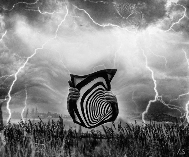 спираль, молния, тучи, руки photo preview