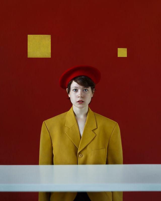 арт, девушка, портрет, студия, свет Анри. Стажерphoto preview