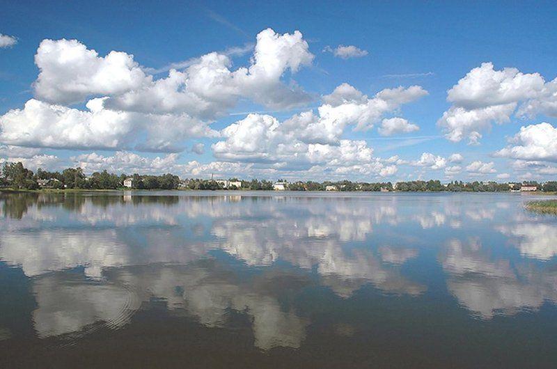 бологое, озеро, облака, отражение, штиль, август Родинаphoto preview