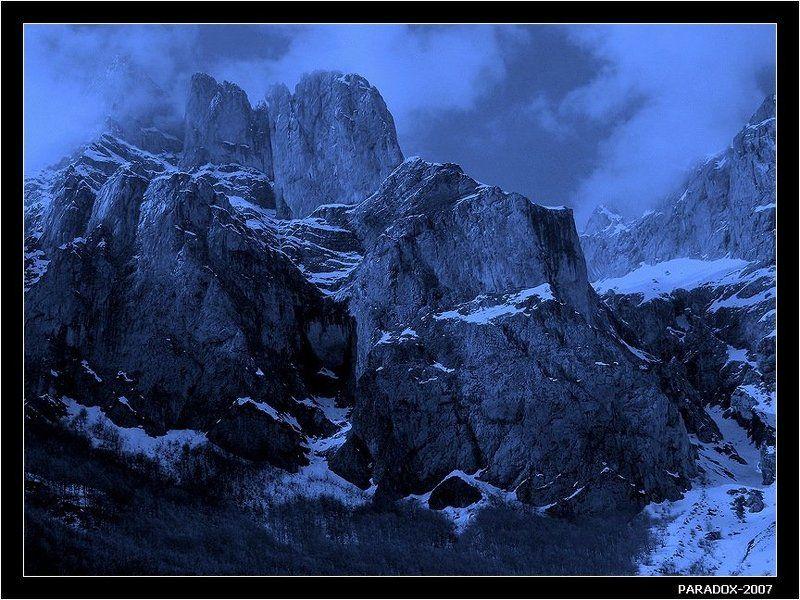 испания,spain,кантабриия,кордильеры,горы,скалы,космос,paradox Устремленные в космосphoto preview