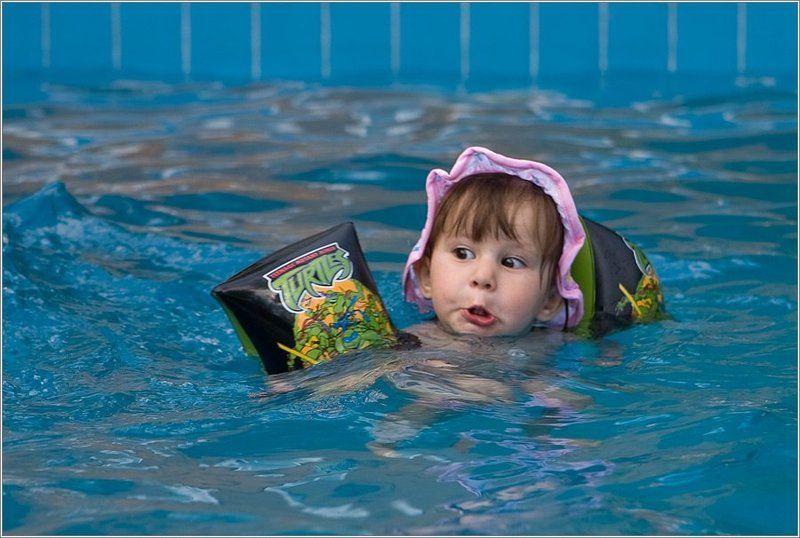 Маленькому короблю, большое плавание ...photo preview