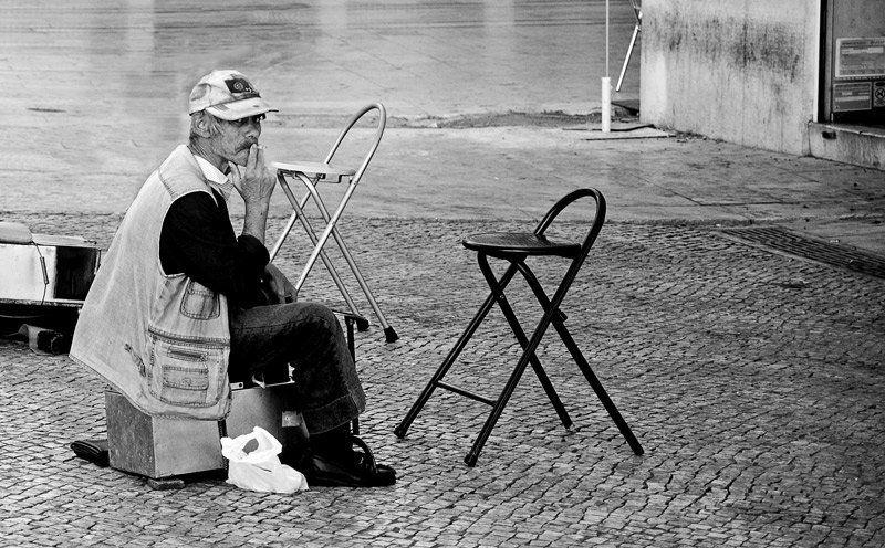 португалия чистильщик обувиphoto preview