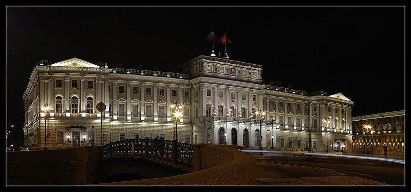 Хрустальный дворецphoto preview