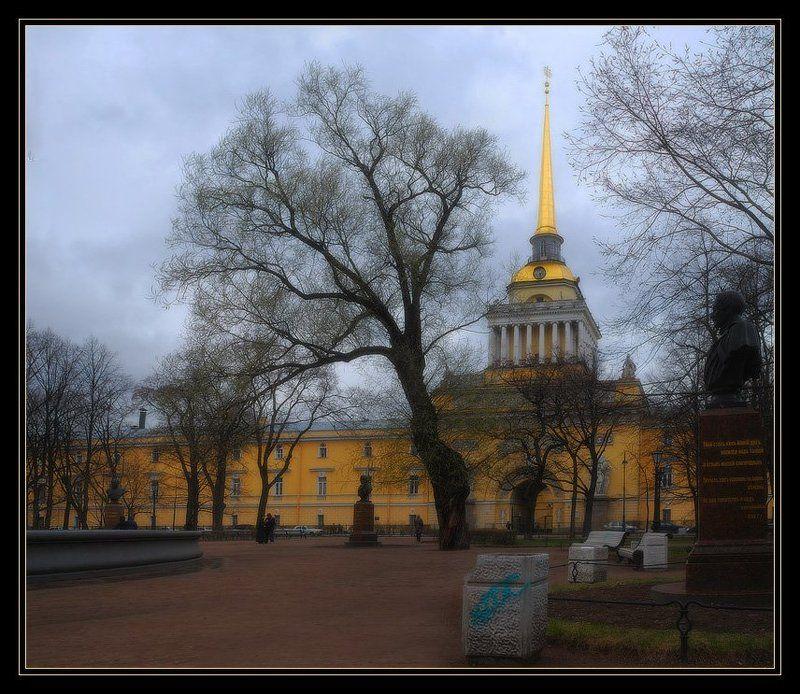 Мрачный Петербург. Адмиралтейство.photo preview