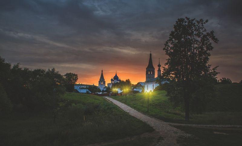 суздаль, владимирская область, золотое кольцо, летний вечер вечерний город Суздальphoto preview