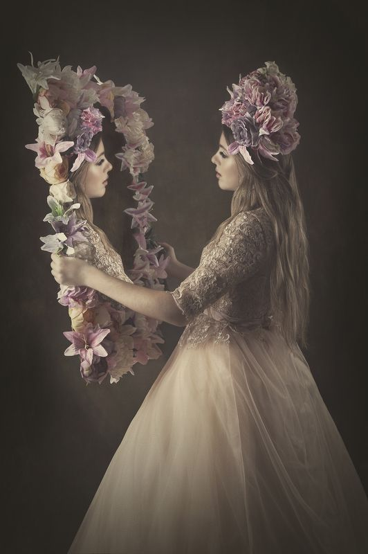 flowers,portriat,fineart Flower mirrorphoto preview