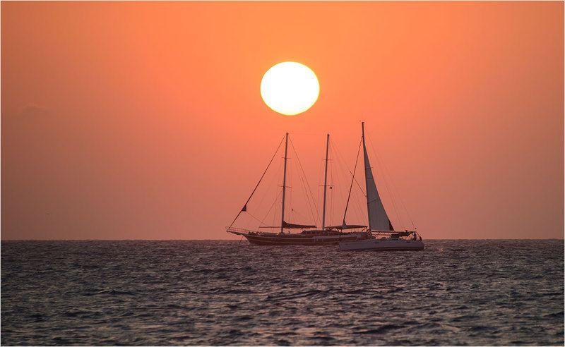 У моря...photo preview