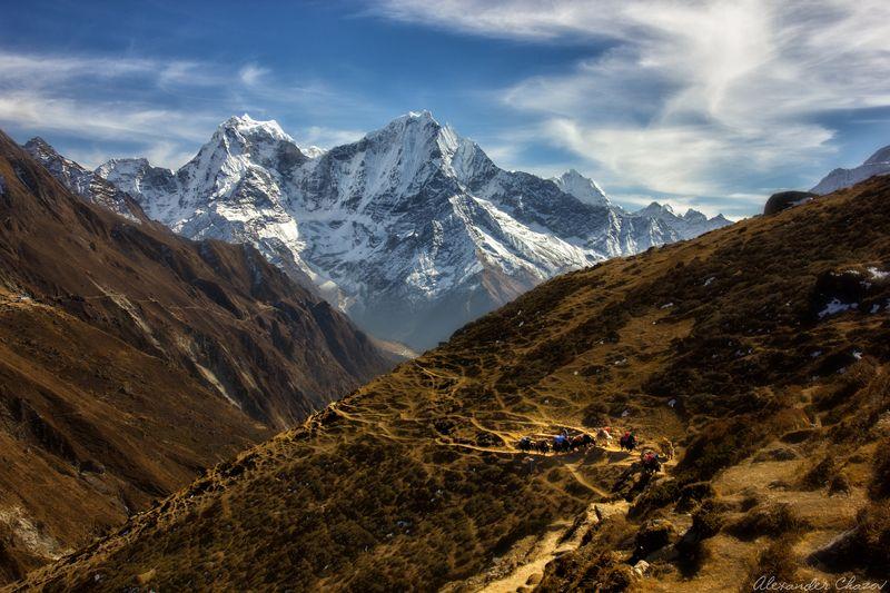 гималаи, непал, горы, облака, пейзаж, кангтега, тамсерку Гималайские тропыphoto preview
