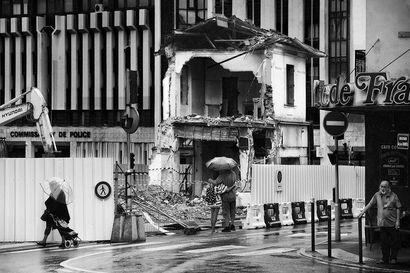 руины, обломки, стройка, франция, переход, перекрёсток, пешеход, кафе Последнее дыханиеphoto preview