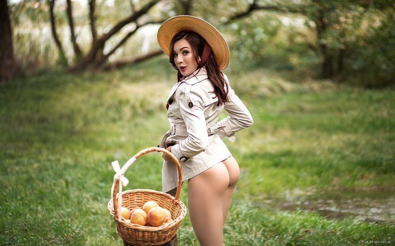 kiev, nu, nude, sexy, ukraine, girl, model, nature, fall Who wants some peaches? ;)photo preview