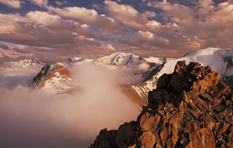 горы, вечер, закат, заилийский алатау Танго с облакамиphoto preview