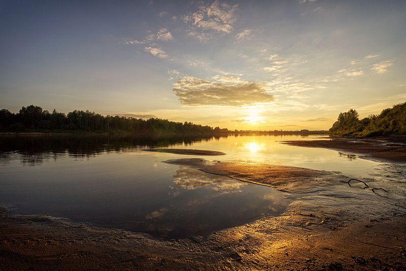 закат, лето, река, небо, облака, отражение, солнце Густая тишинаphoto preview