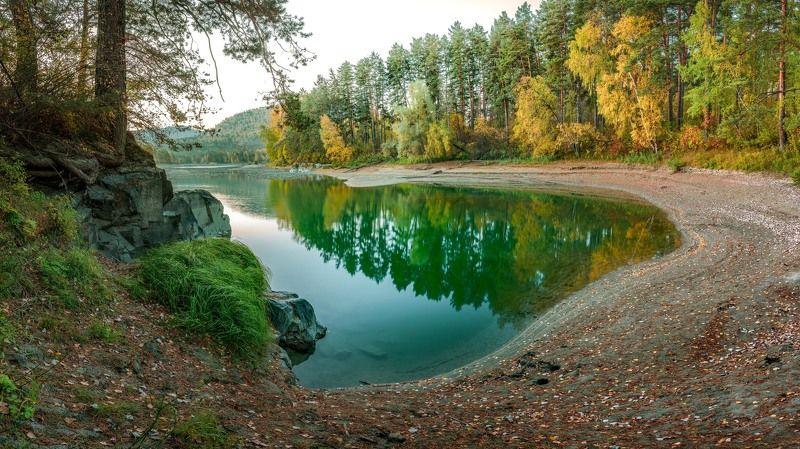#nikon #landscape #katun #altai #russia #autumn #river #altaikrai #nature #water #mirrors #forest #yellow #yellowleaves #никон #пейзаж #катунь #алтай #россия #природа #осень #река #отражение Перед рассветомphoto preview