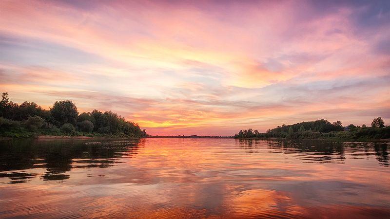 река, восход, солнце, отражение, облака, утро, природа Пляски красных всадниковphoto preview